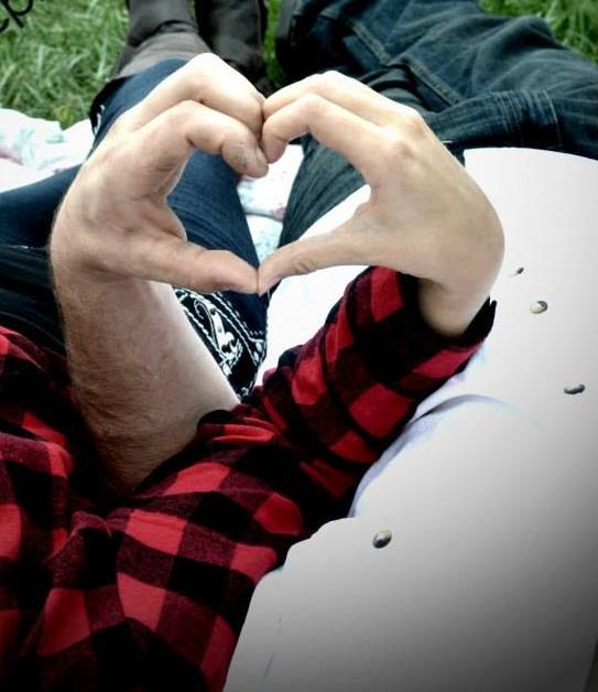 abr heart hand